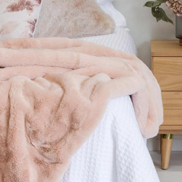 Me & My Trend | Faux Fur Throw - BLUSH | Shut the Front Door