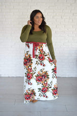 Recurate M / Tall PRE-LOVED Shelton Floral Maxi Dress