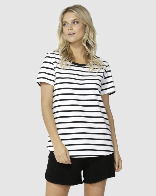 Demi Scoop Tee- White/ Black