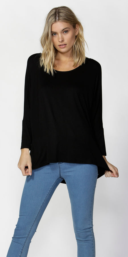 Manhattan V Neck T- Black