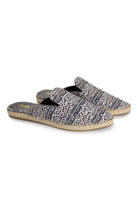 Gypsy Slides- Snow Leopard
