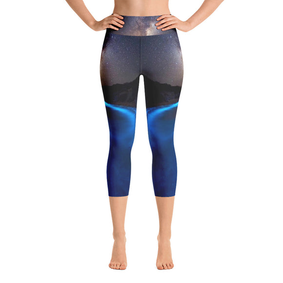 Luminescent Shores Capri Leggings