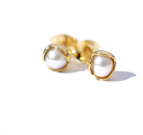 08.Small bud Floret Stud Earrings Pearl