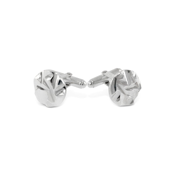 Handmade cufflinks in silver with a textured pattern. - Paul Magen