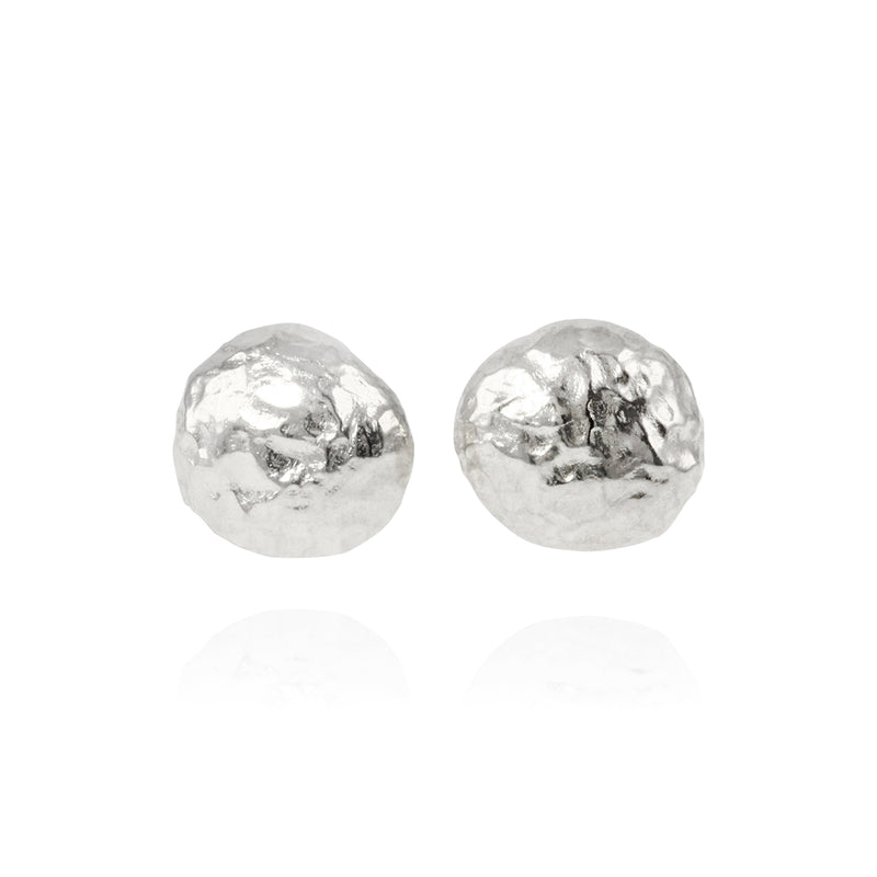 Handmade stud earrings in sterling silver. - Paul Magen