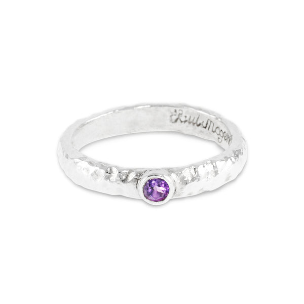 Ring handmade in silver set with an amethyst. - Paul Magen