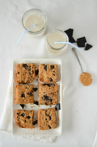 Peanut Butter Chocolate Chunk Blondies
