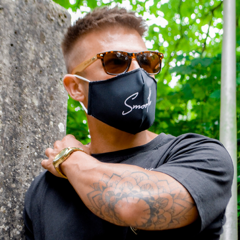 Smooth Signature Mouth Mask
