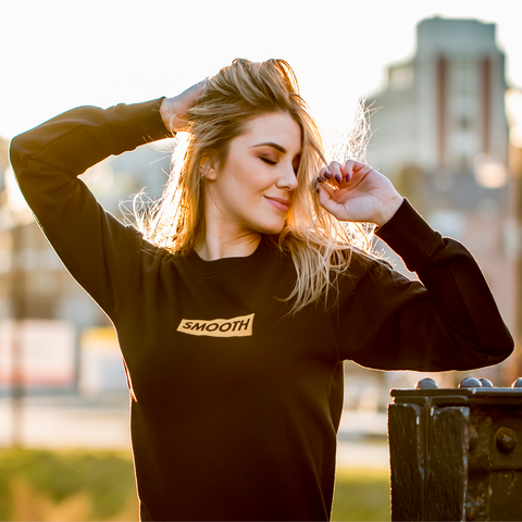Crewneck Black & Gold Box Women
