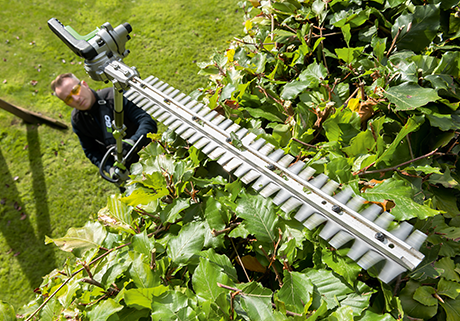 HTA2000 Multi Tool Hedge Trimmer