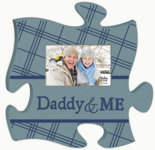 "Scripture Gifts - Puzzle Piece Picture Frame ""Daddy and Me"" - Love the Lord Inc"