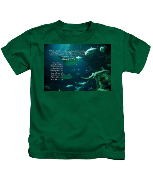 Sins Tossed Into the Sea - Kids T-Shirt - Love the Lord Inc
