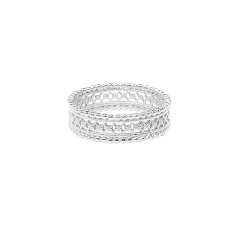 The Ancient ring in silver, featuring an intricate lace design.