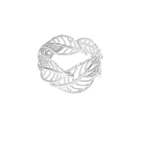 Wonderland Wrap Around Leaf ring in silver, featuring several leafs which wrap around your finger.