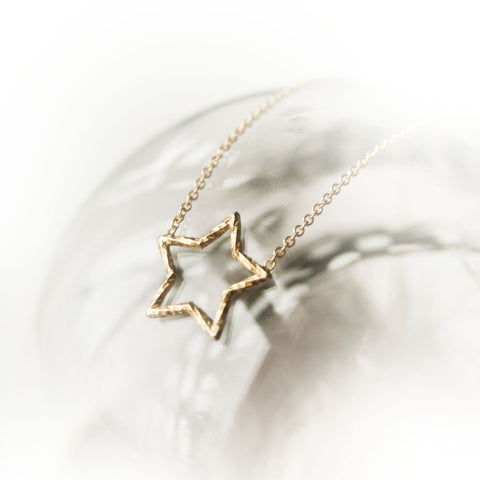 Estella Star Necklace - Gold