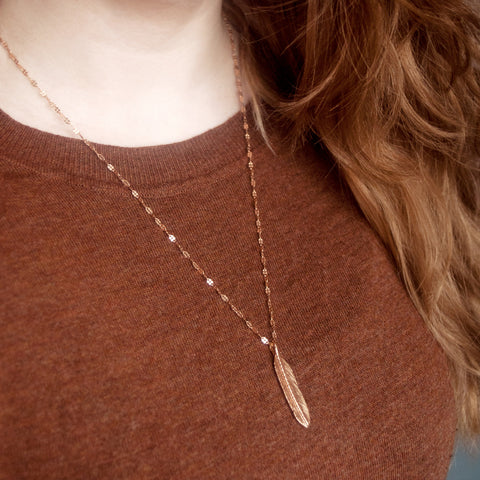 Sacred Feather Charm & Petal Chain Necklace - Rose Gold