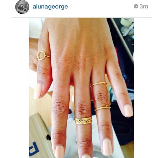 Aluna George wearing the Double Strength Chain ring in silver.