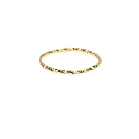 Sparkling Band ring in gold, fashioned from our signature diamond cut textured wire.