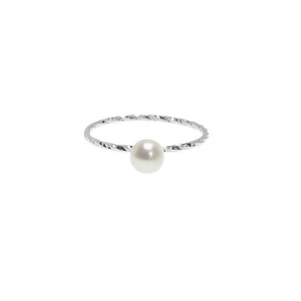 Large Lunar Pearl Sparkling Band ring in silver, featuring a large Akoya pearl.