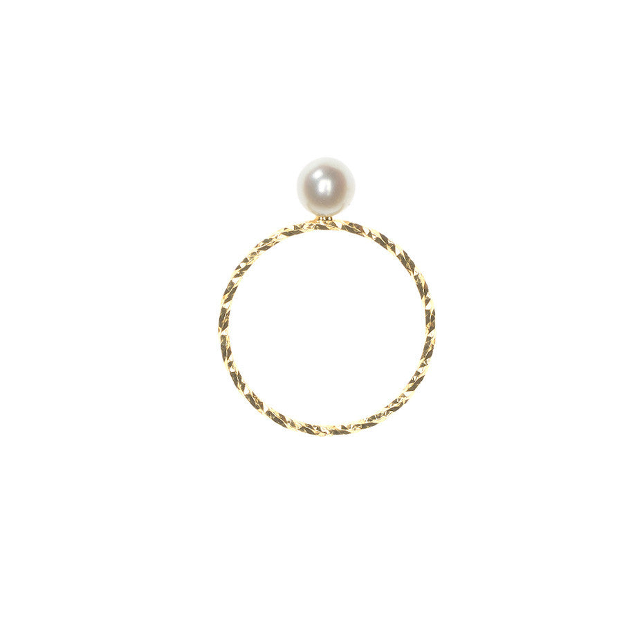 Large Lunar Pearl Sparkling Band ring in gold, featuring a large Akoya pearl. Side view.