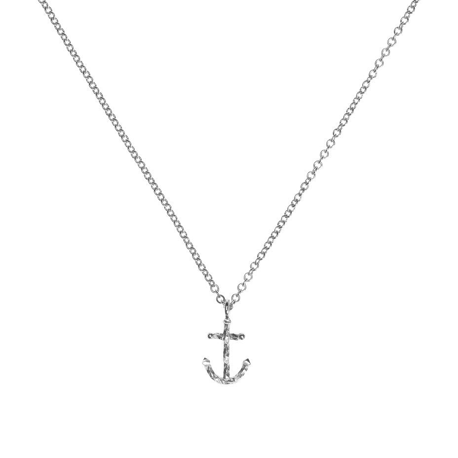 Anchors Away necklace in silver.