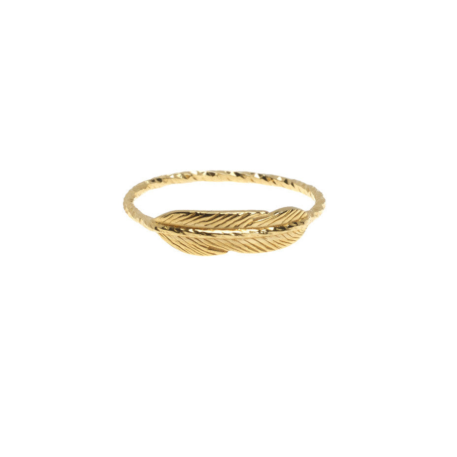 Take Flight Feather ring in gold.