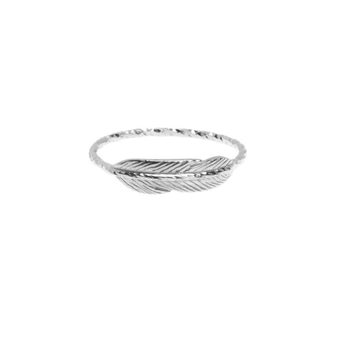 Take Flight Feather ring in silver.