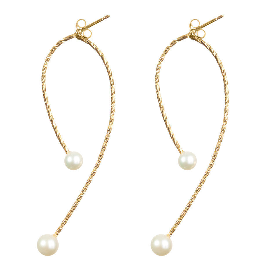 I'm In Your Orbit Split Hoop White Pearl earrings in gold, featuring large and medium pearls.