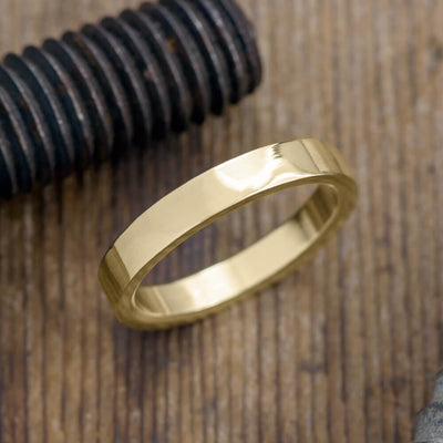 4mm 14k Yellow Gold Mens Wedding Ring, Polished - Point No Point Studio - 1
