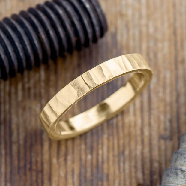 4mm 14k Yellow Gold Mens Wedding Band, Wood Grain Matte - Point No Point Studio - 1