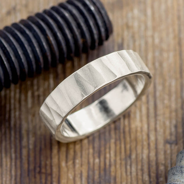 6mm 14k White Gold Mens Wedding Band, Wood Grain Matte - Point No Point Studio - 1
