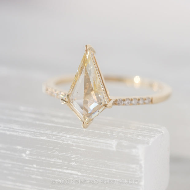 1.12ct Kite Diamond Engagement Ring, Juliette Setting, 14K Yellow Gold