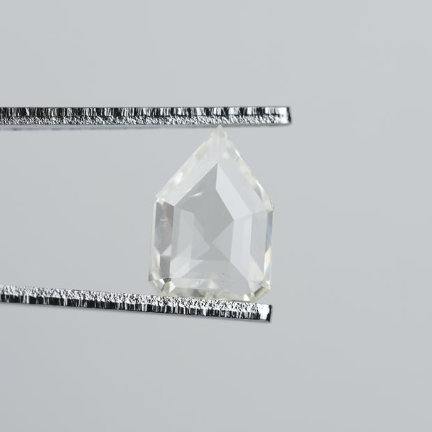 1.59 ct Clear Geometric Pentagon Diamond
