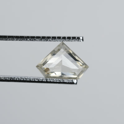 1.37 ct Clear/Grey Shield Diamond
