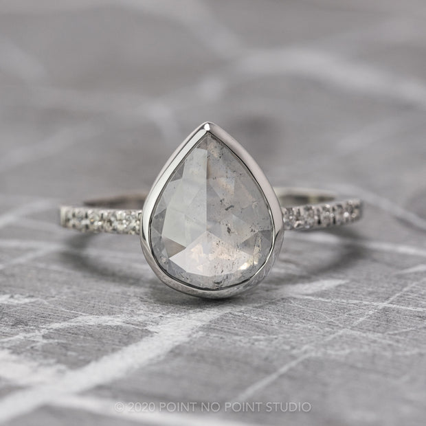 Custom pear Jules engagement ring