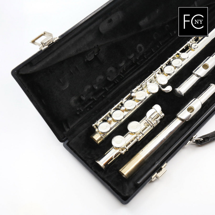 Gemeinhardt Student Flute Model 2SP with Straight and Curved Headjoints (New)