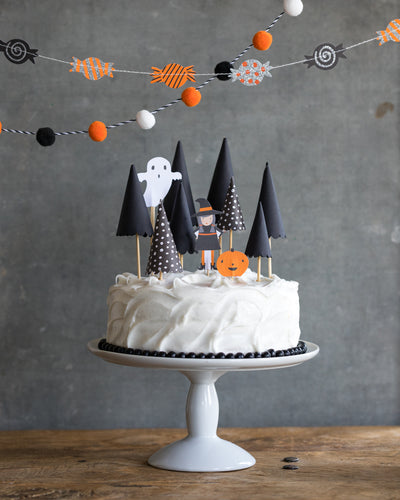 DIY Haunted Forest Cake
