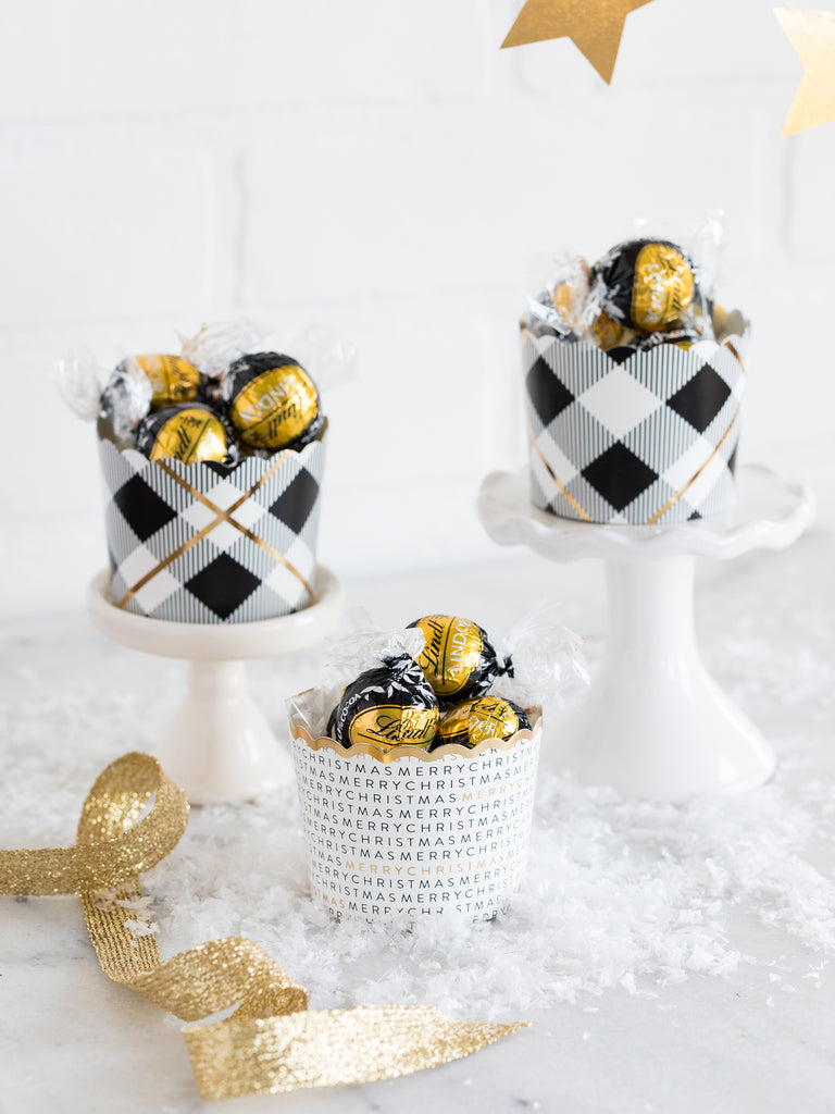 Golden Plaid Baking Cups