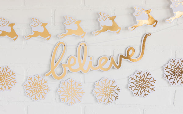 Joyful Deer Banner Decor Idea