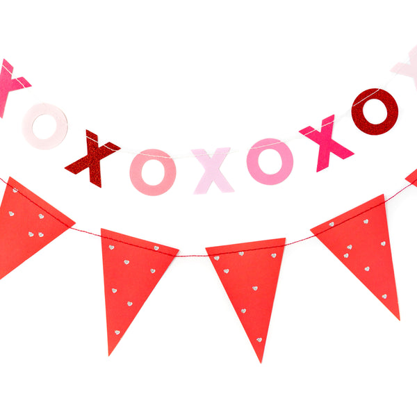 Valentine XOXO & Pennant Banner Set Included Banners