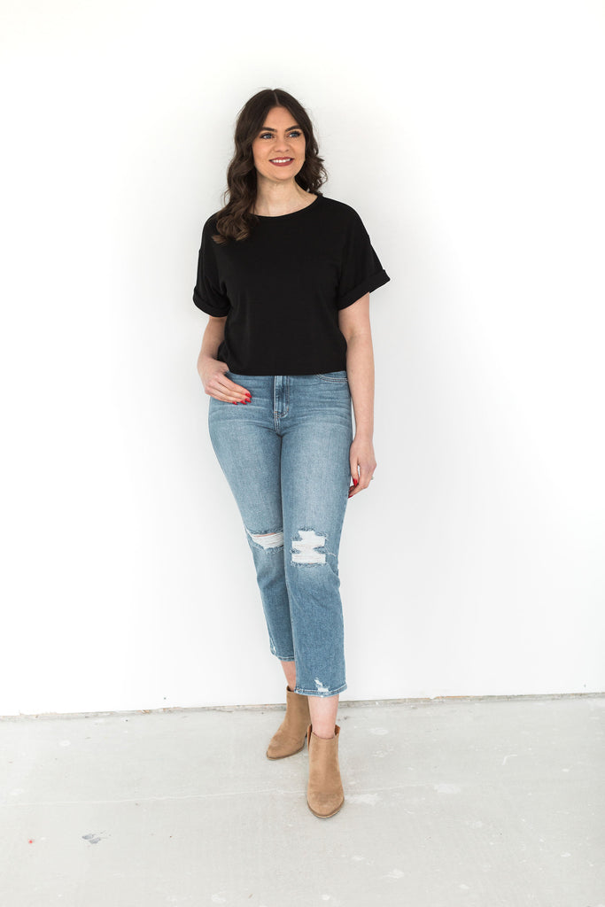 Roll-Up Sleeve Cropped T-Shirt - Black