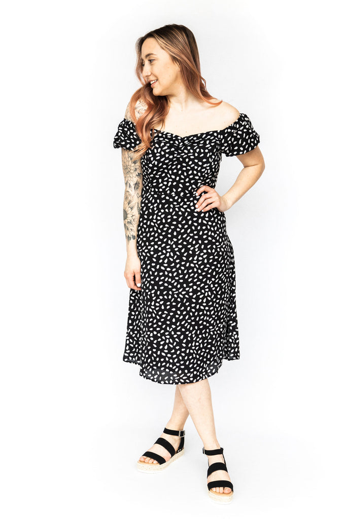 Short Sleeve Printed Midi Dress - Black