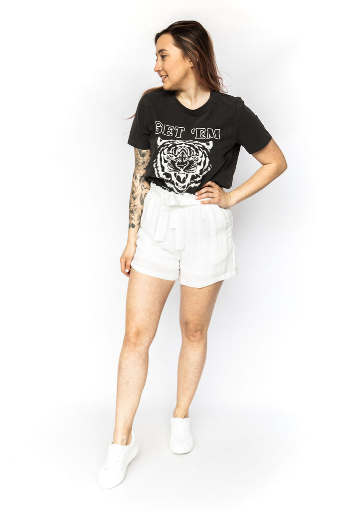 Elastic Shorts with Pockets - White