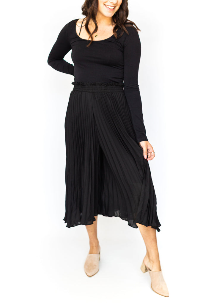 Pleated Wide Leg Pants - Black