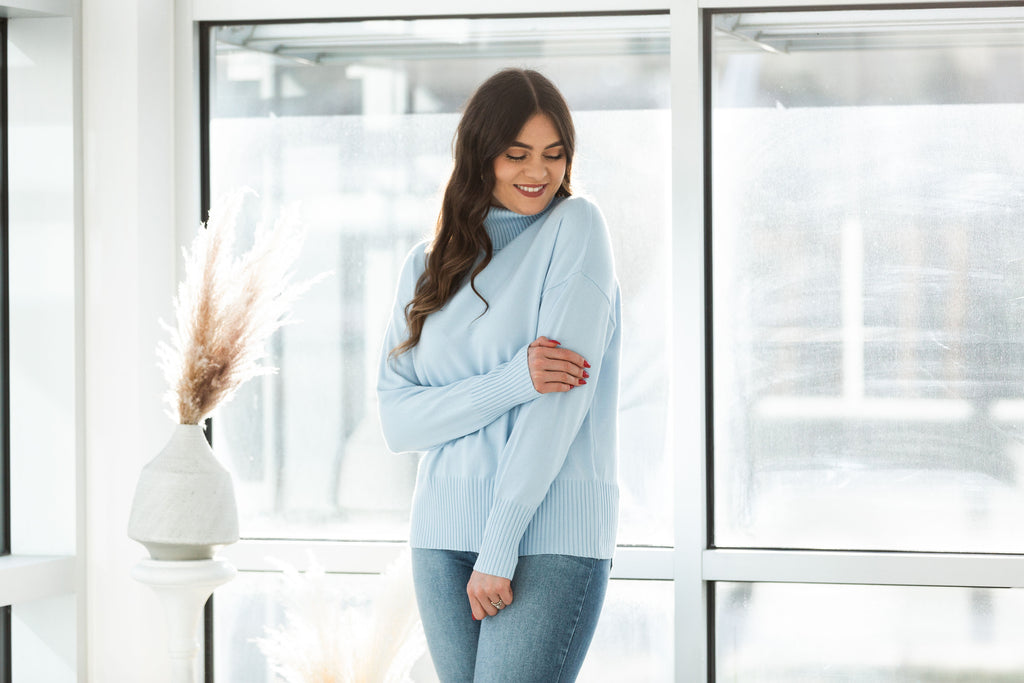Cozy Knit Classic Sweater - Light Blue