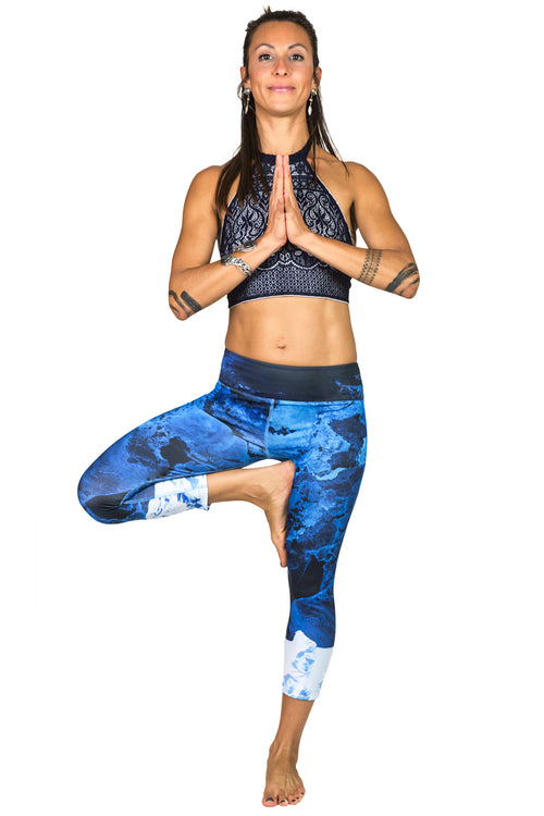 Capri Leggings - Colorful Printed Yoga Leggings - Kamchatka