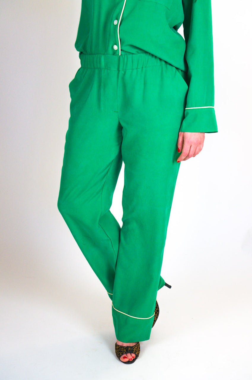 Carolyn Pajamas Pattern // Pajama bottoms // Closet Core Patterns