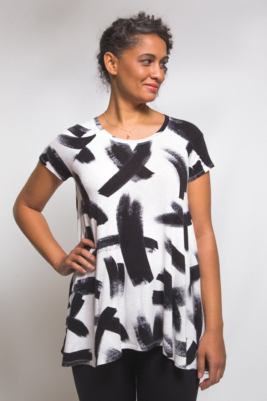Ebony Tee Pattern // Knit tunic pattern // Closet Case Patterns