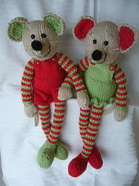 CJ PATTERN MISTLETOE MICE
