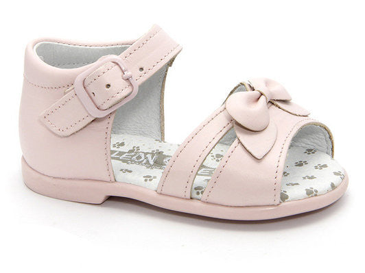 Infant and Baby Girls Pink leather Sandals Patucos Shoes